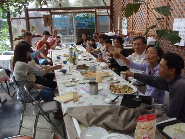 年間を通して日本の野菜・果樹・アマゴ・椎茸等農林水産品が楽しめます!!