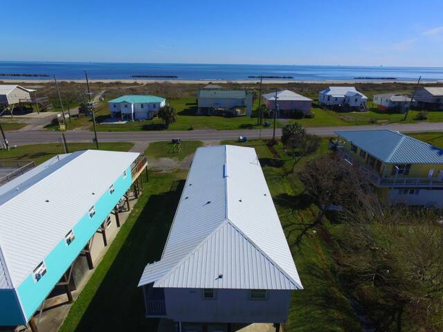 On Island Time is across from the Grand Isle Beach and sleeps 10