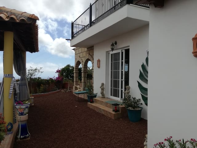 Room to let in Villa Picasso - Tijoco Bajo - Gastsuite