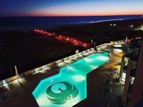 Phoenix VI 6512 - Beachfront w/ Beautiful Ocean Views!