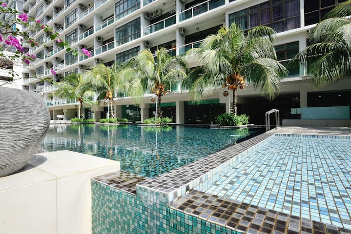 Top notch brand new Marquee studio - Taman Mount Austin - Apartment