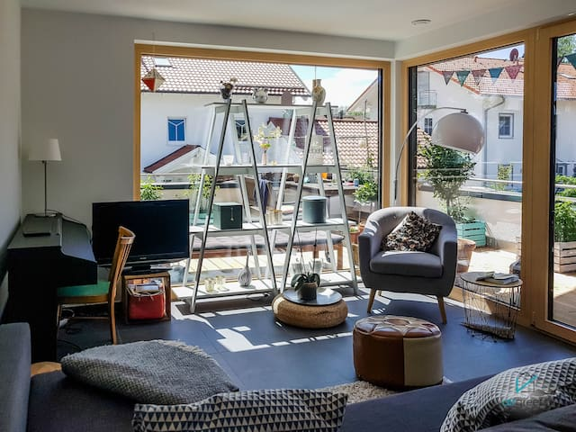 AMAZING APARTMENT WITH VIEW ON THE LAKE AMMERSEE