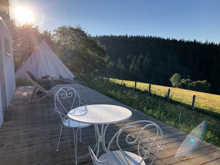 La tente Tipi Romantique, Couvet, Val-de-Travers