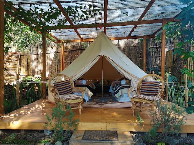 Bliss Land Bell Tent - Close to Center of Town