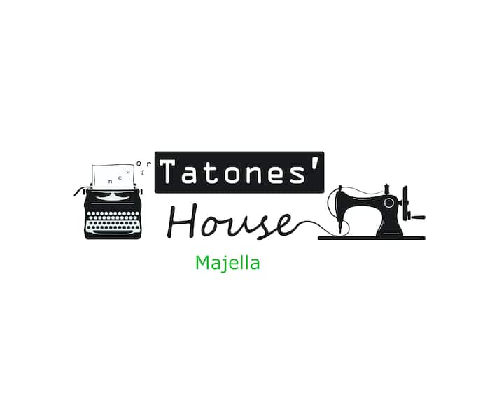 Tatones' House - Majella bedroom