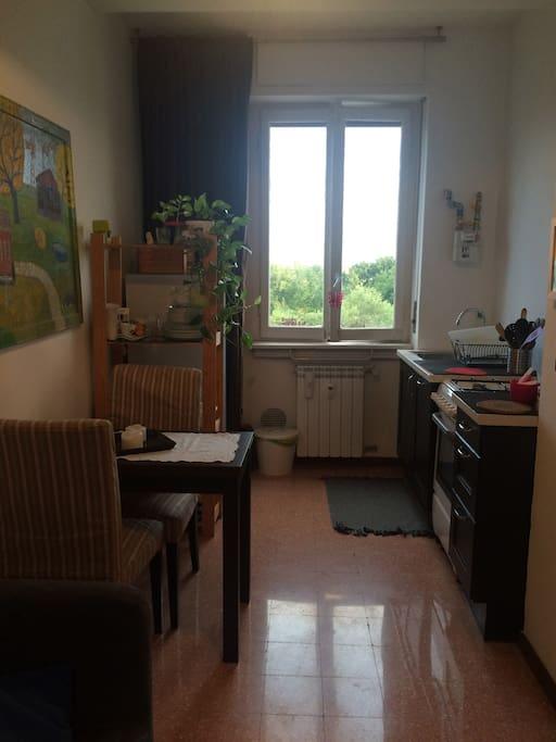 Bilocale luminoso appartamenti in affitto a milano for Appartamenti in affitto milano