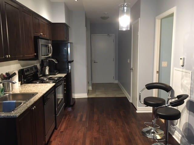 Great easy access condo in Toronto