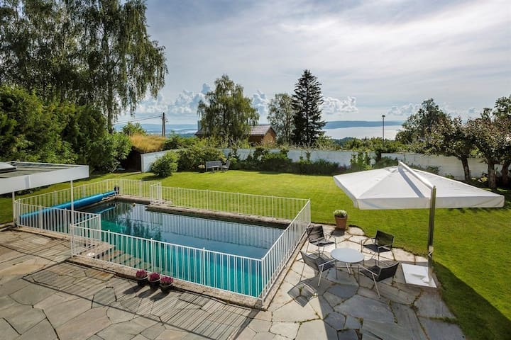 350sqm in The hills of Oslo, great view. - Oslo - House