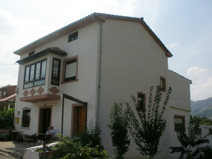 Casa Ladio (Ladio's home), Soto Iruz