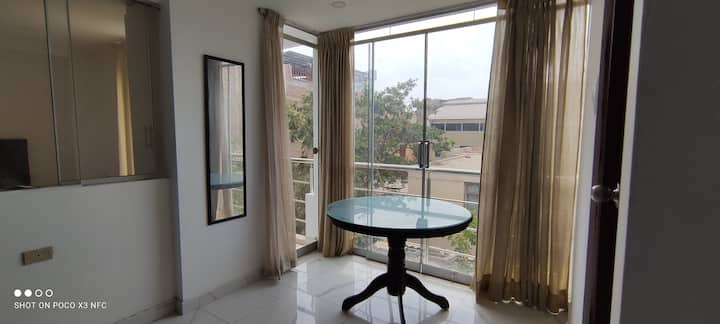 Exclusivo Mini Departamento Céntrico con balcón 󰀄