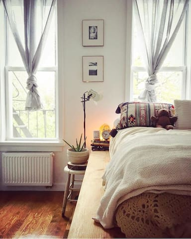 Stylish, Peaceful Greenpoint Bed & Bath