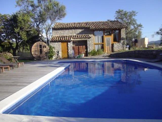 La TEJAR, casa familiar con encanto, Ainsa Aragon