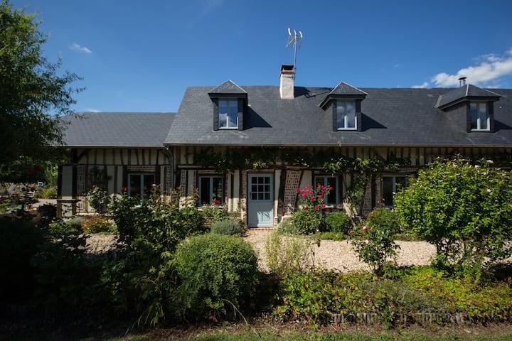 Maison de famille dans la campagne normande