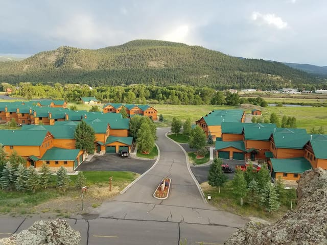 Making Mountain Memories with River Club Townhomes