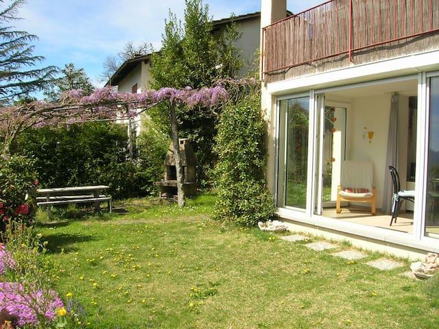 Casa Cagiallo - Wohnung mit Garten und Fass-Sauna