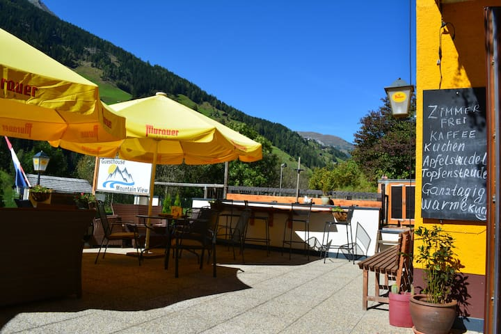 Guesthouse Mountain View - Untersagritz - Bed & Breakfast