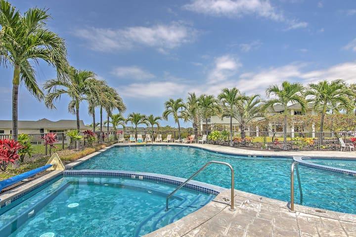 Kona Resort Townhome w/Ocean Views-1 Mi. to Beach!