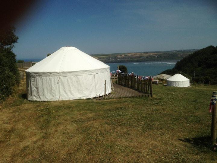 15' Cosy Yurt @AlltycoedCampsite in St Dogmaels