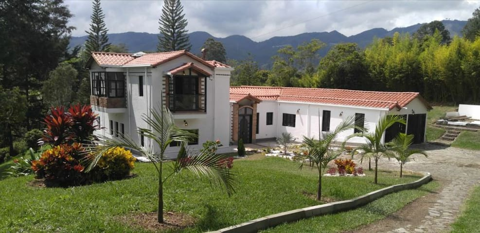 Country house in La Fe, Retiro, Medellin