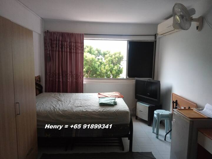 Central Area,Master bedroom for  6mths rental only