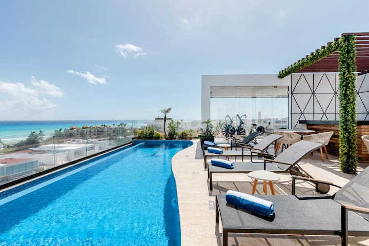 Lovely condo/ Roof with ocean view/Gym by octopus