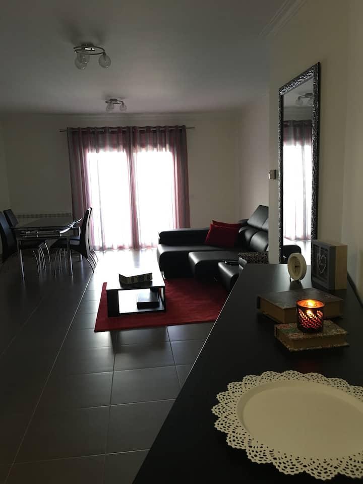 Apartamento T1 - 11/12/13 DE MAIO