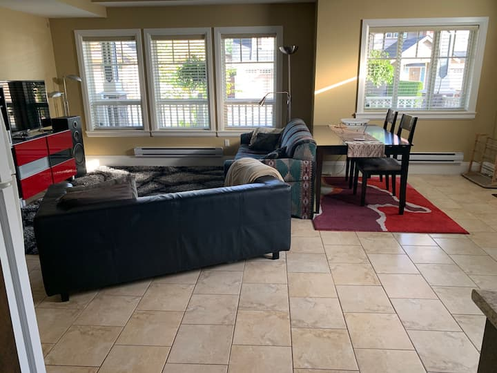 Bright and spacious suite in great location