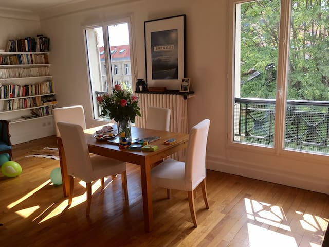 2 bedroom at the heart of the Batignolles