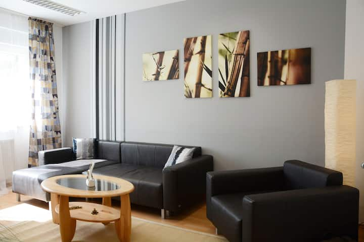 3-room apartment in the Asiastil in Bonn