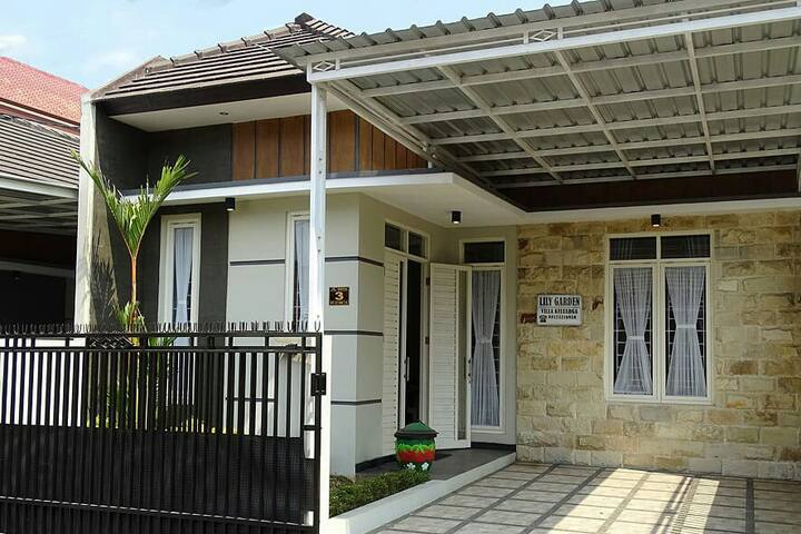 Lily Garden Villa Best Place to enjoy the Holiday