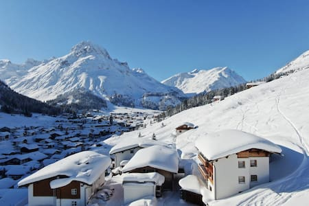 "*SKI IN & OUT*-2,5 bedroom App""W"" in Lech *20%OFF*"
