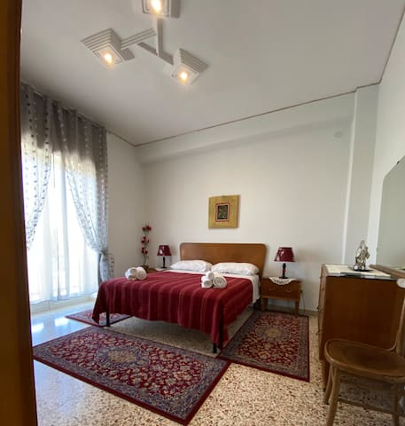 Doble bedroom with AC, panoramic balcony and wardrobe
