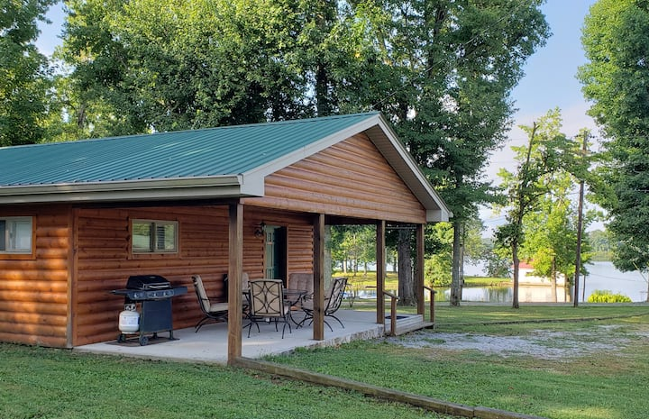 Woodsy 2 Bedroom Cabin 7 at Watts Bar Lake