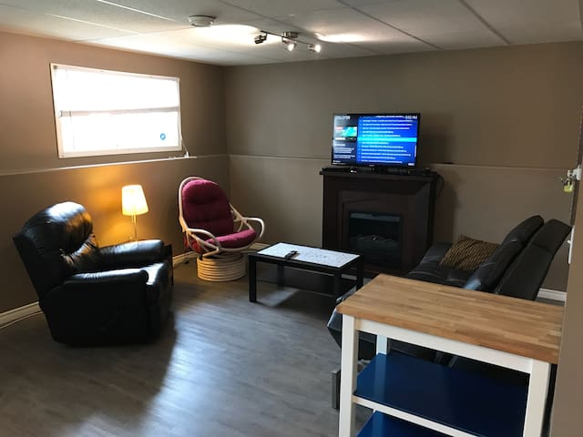 2 Bedroom with Den and full bathroom is ready.