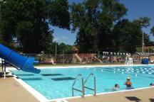 New Glarus Park Pool