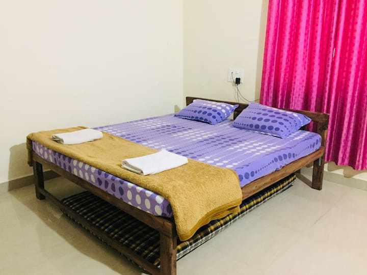 AC Deluxe 2 Bedroom House - Colomb Patnem Beach