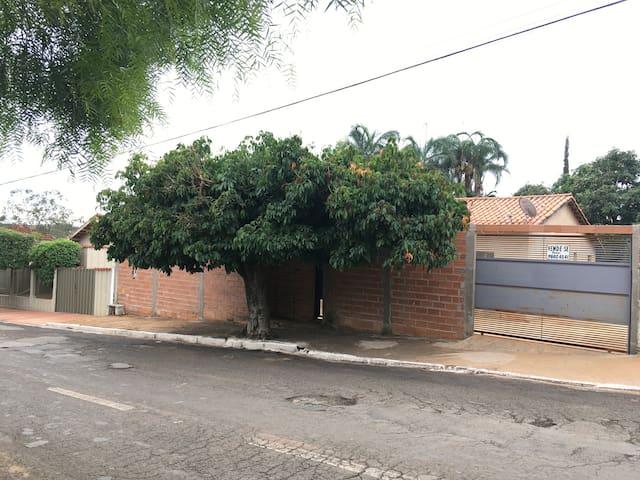 Casa Familiar em Buriti Alegre