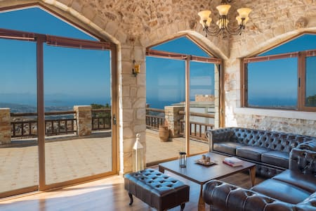 Villa Malaxa: Luxury, Private with Amazing View