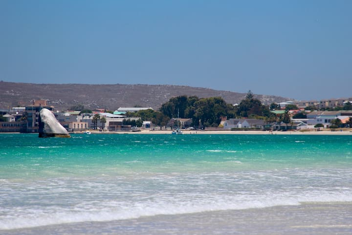 The Beach House & Cottage - Saldanha - House