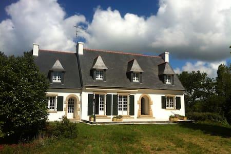 Grande Maison Bretonne près de la Plage - Plobannalec-Lesconil - Talo