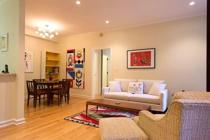 Stylish Nob Hill;  Mid Century Modern; Parking - San Francisco - Apartment