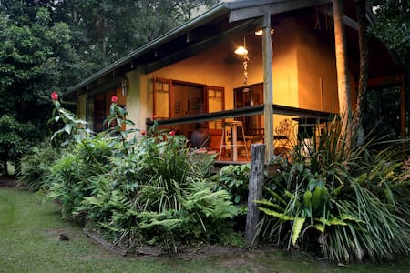 Rainforest Cabin w/ Private Rock Pools & Spa bath