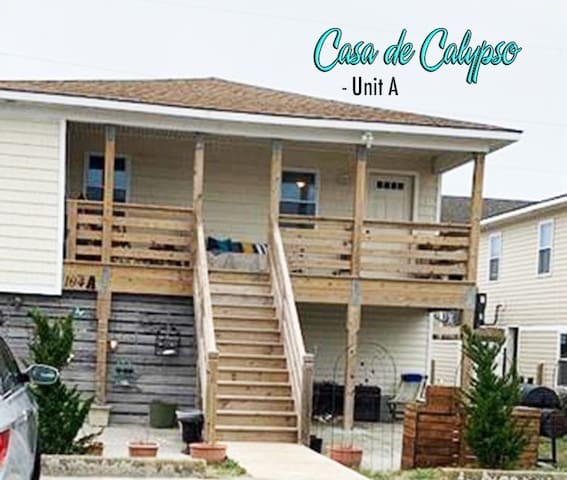 Casa de Calypso Unit A - Across the St from Beach