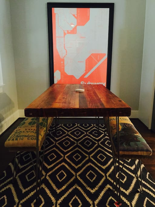 Casual Dining Space for 6