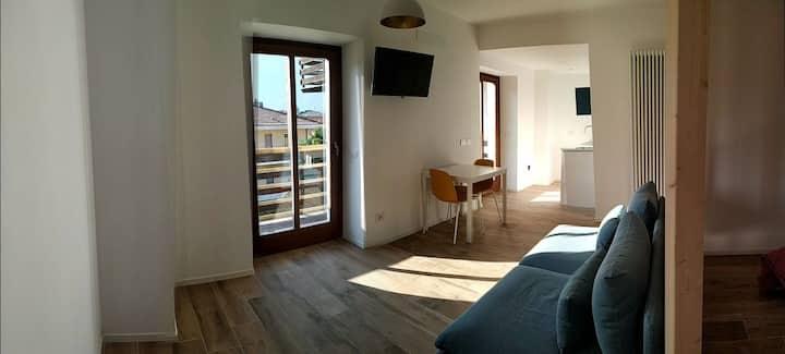 Pause Garda Lake Apartment with Balcony