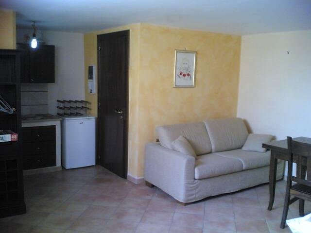 Monolocale indipendente finemente arredato - Galatone - Appartement