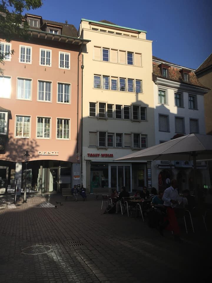 zentrale 3-Zi-Wohnung Altstadt Schaffhausen
