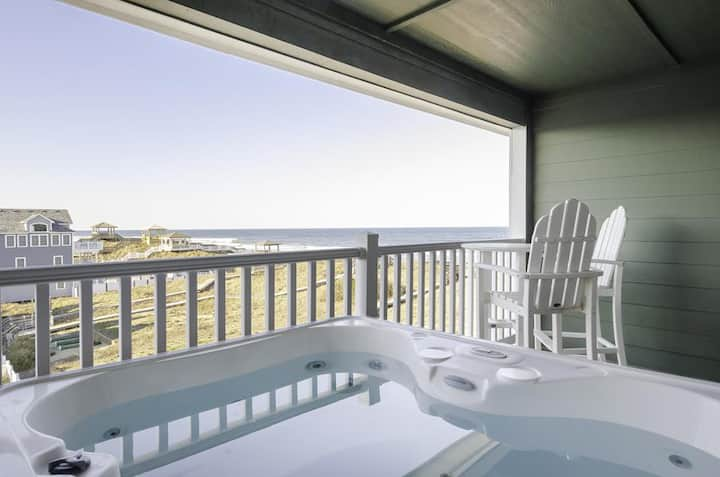 Top floor condo with private hot tub oceanviews recent updates (FFR302 The Starboard)
