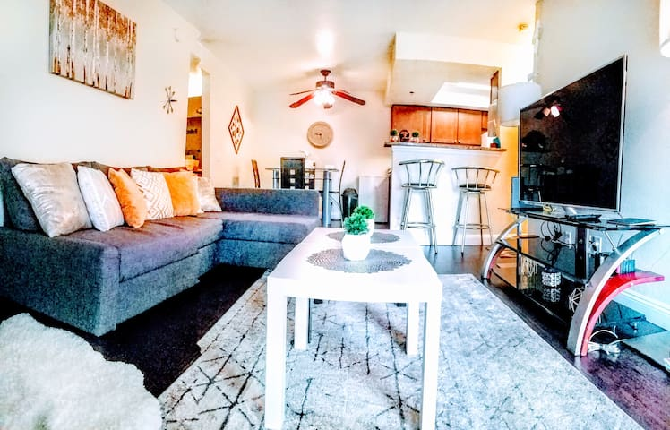 ⚕✔SANITIZED✔Luxury Business-Ready Resort Home!