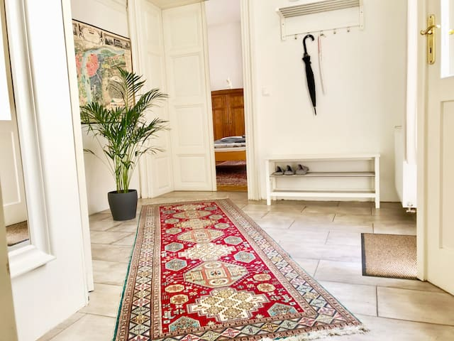 Welcome to the kingdom of oriental carpets! :-)